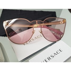 Versace tinted pink cat eye sunglasses Super Rare